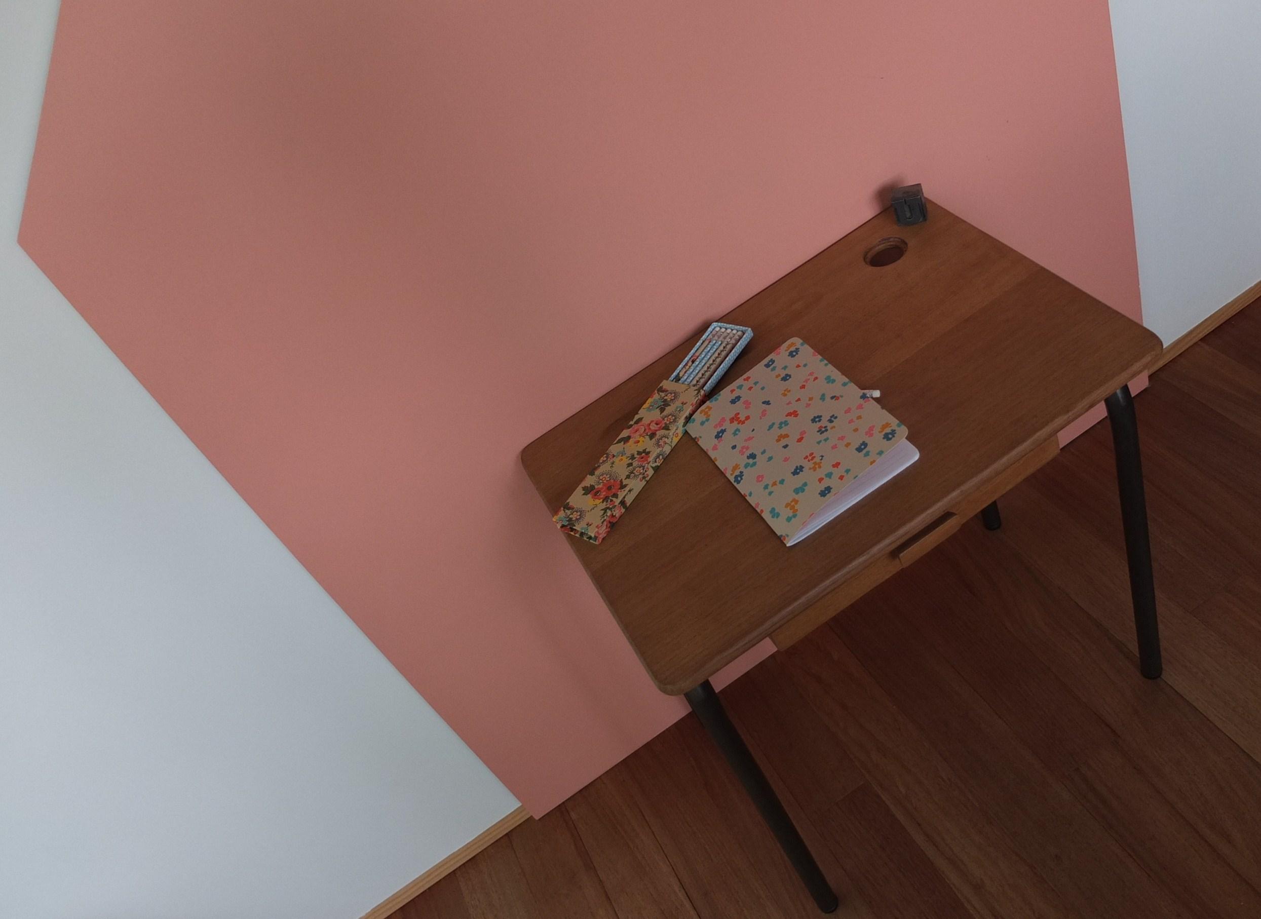 bureau maternelle en bois ann es 50. Black Bedroom Furniture Sets. Home Design Ideas