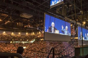 2016 Berkshire Hathaway Annual Shareholders Meeting