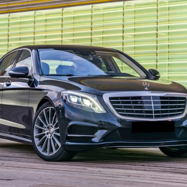 Mercedes-Benz W222 S500