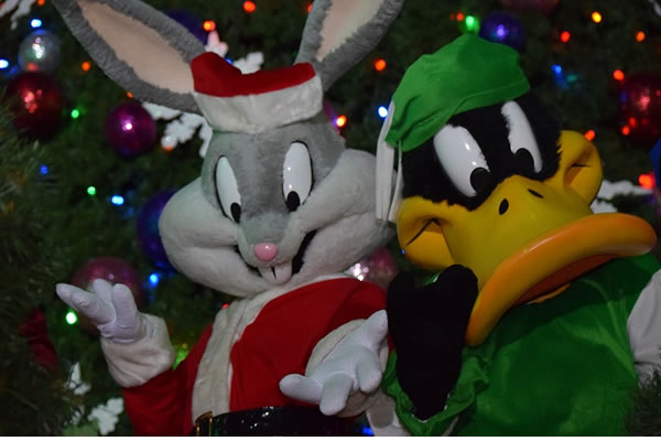 SIX FLAGS PRESENTA CHRISTMAS IN THE PARK3 (2)