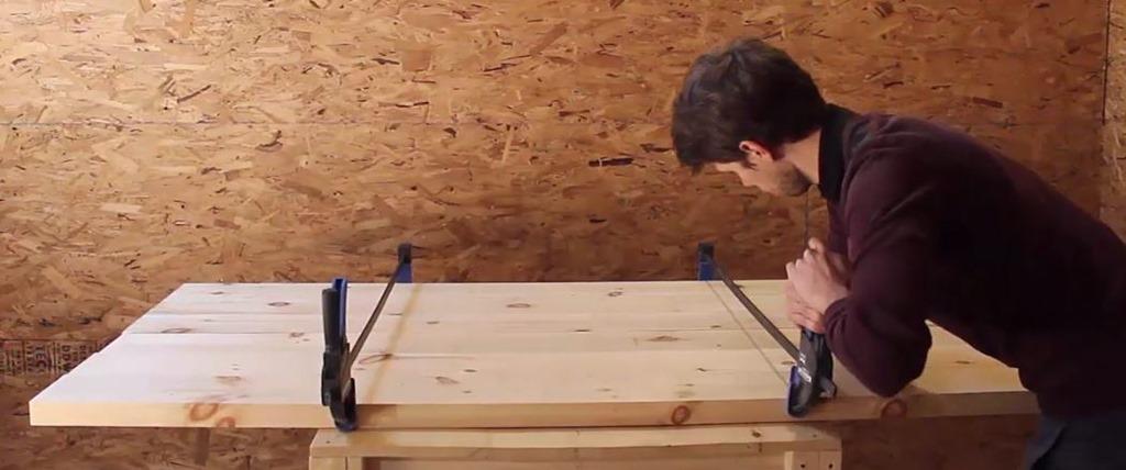 comment faire une table manger ep10. Black Bedroom Furniture Sets. Home Design Ideas