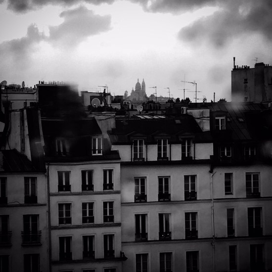 Paris The City Of Light: Paris Diary: A Guide To A Rainy Day In The City Of Light