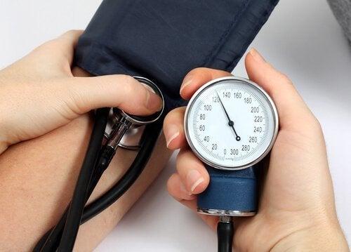 sfigmoscopio pressione arteriosa