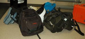 0087-fj-luggage_pelican_sm