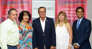 El productor Vicente Juarbe, la actriz Idalia Pérez Garay, el alcalde Marcos Irizarry Pagán, la presidenta del festival, Sigrid Llavina, y Luis Daniel Rosa, de la Corporación de Cine de Puerto Rico.