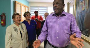 El director del centro, Juan de Dios Videau, indicó que en el albergue las personas sin hogar podrán obtener servicios básicos y una cama en donde pernoctar.