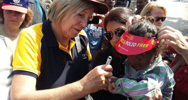 La carrera 5K como parte de un esfuerzo global para recaudar fondos para llevar vacunas de polio a India y Afganistán.