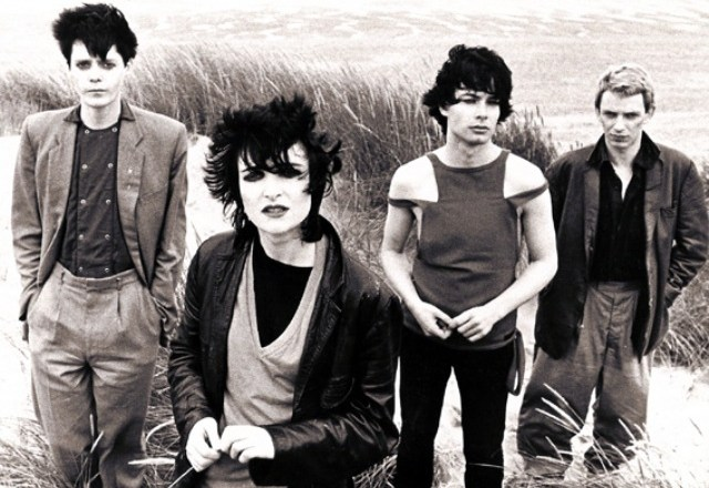 Siouxsie_and_the_banshees-strange fruit