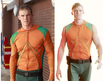 Alan Ritchson played Arthur Curry/Aquaman on Smallville.