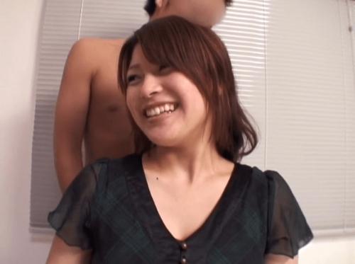 新田恵海AV12