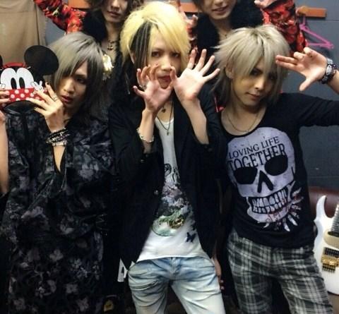 <Source:Twins☆義-yoshi- AMEBLO>