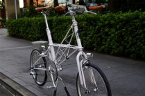 moulton_tsr9_white_custom[14]
