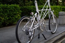 moulton_tsr9_white_custom[16]