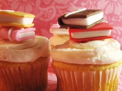 book-novels-lovers-cakes-cupcakes-mumbai-13