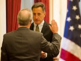 Gov. Peter Shumlin swears in State Auditor Doug Hoffer. Photo by Roger Crowley