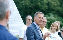 Shumlin pokes critics while touting growth of green energy jobs