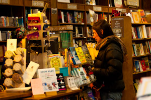 Photo of shopper in bookstore.
