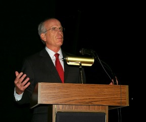 Rep. Peter Welch talks to small business owners in Burlington on Monday, July 8, 2013, about federal and state health care reform. Photo by Andrew Stein/VTDigger