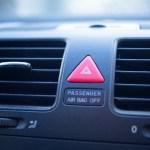 エアコン 臭い 車