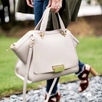 Nude bag by Zac Zac Posen, @waitingonmartha