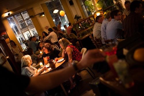 オークランドのMezze bar(メッツェバー)