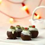 Raw Christmas Pudding Bites