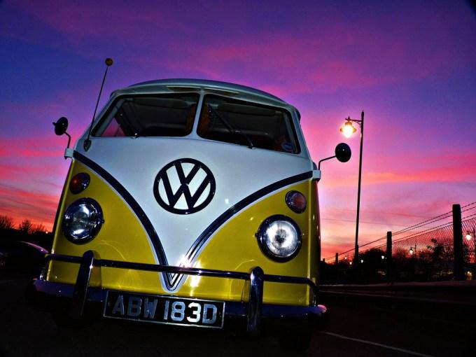 Classic Volkswagen Bus Wallpaper Iphone Wallpaperlepi