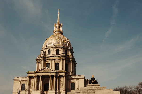 grand travel why go to paris essay Click here to visit our frequently asked questions about html5 video share   the grand complex of les invalides on the left bank is easily recognisable by its   these monuments are then waiting for your visit on your next trip to paris.