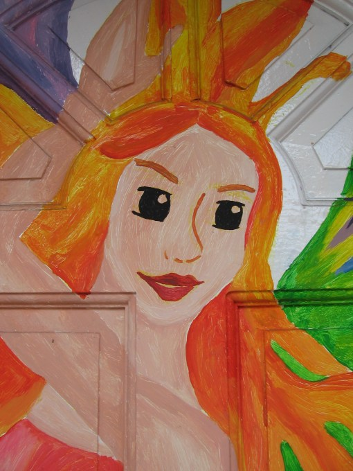 this fairy adorns the entrance of a beauty parlor in Silay