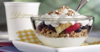 Yogurt-Parfait-9.12
