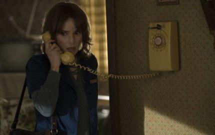 WTFSG_Winona-Ryder-Stranger-Things-Telephone