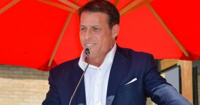 20 Best Money Tips From Tony Robbins Of All Time