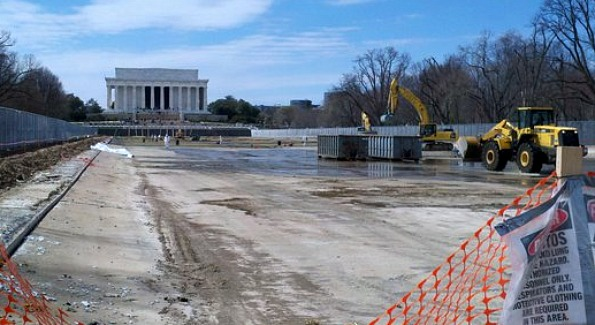 Lincoln Memorial during construction.