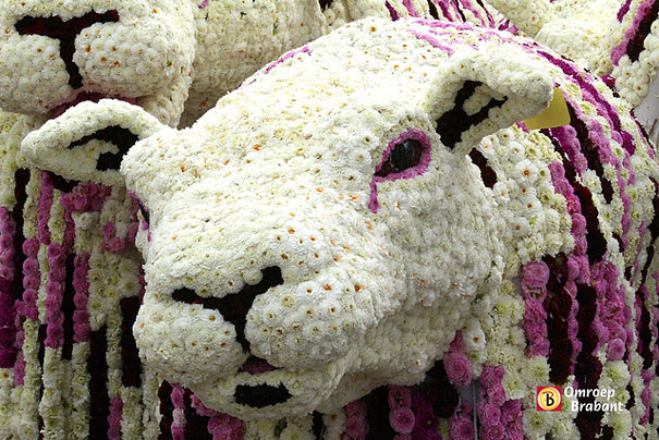 flower-sculptures-bloemencorso-netherlands-16
