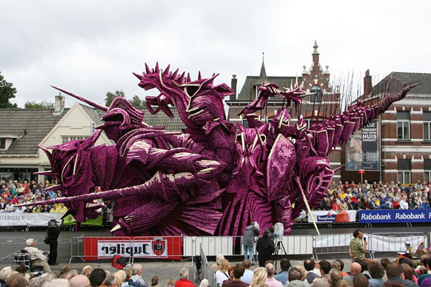 flower-sculptures-bloemencorso-netherlands-25