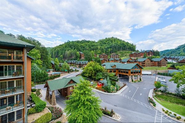Westgate Smoky Mountain Resort guard gate and entrance