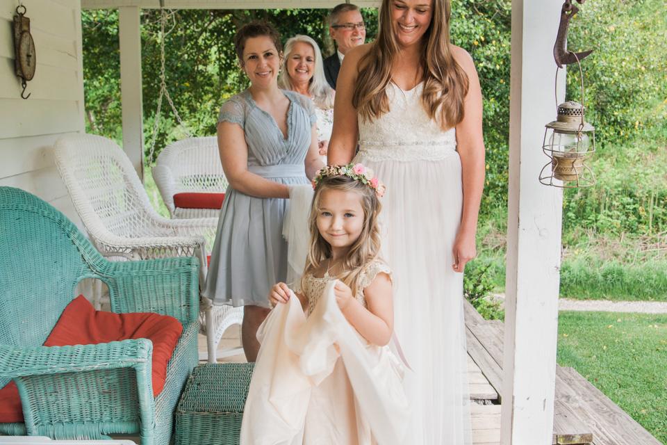 White Fence Farm Wedding Venue - Flowergirl Photo