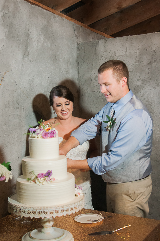 Overlook Barn Wedding Pictures