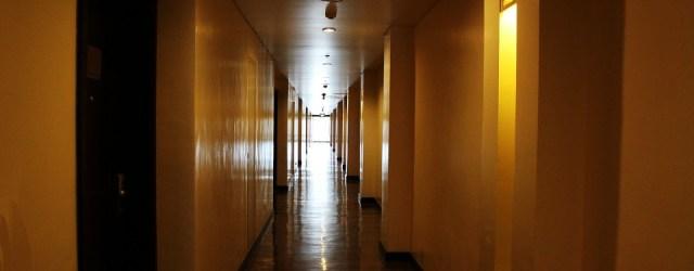 hotel-hallway-314321_960_720