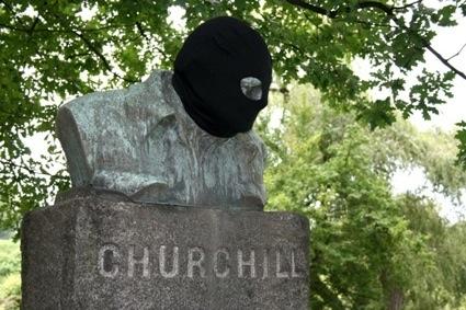 0Churchill-16-05-2011-06-45 (1).jpg