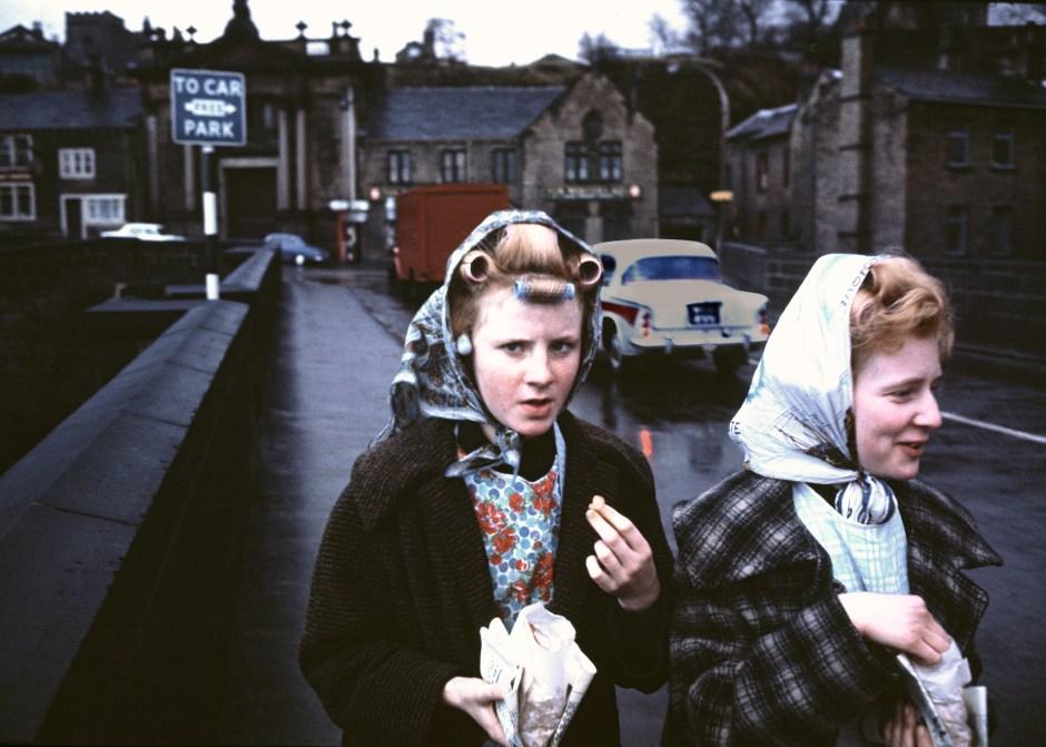Mill girls, 1960. Courtesy of John Bulmer
