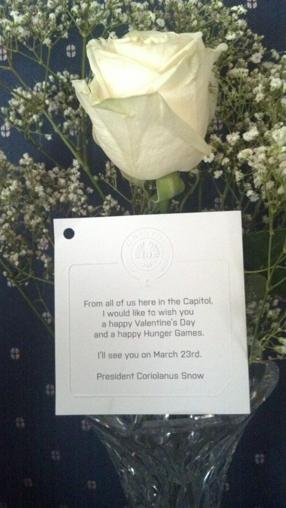 THE HUNGER GAMES President Snow\'s Valentine\'s Day Rose & Citizens Of ...