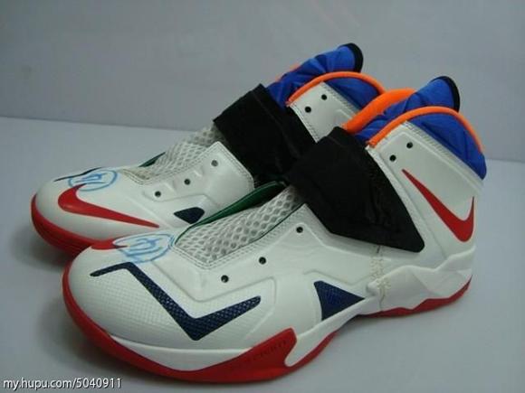 Nike-Zoom-Soldier-VII-(7)-Wear-Test-Sample-Detailed-Look-12