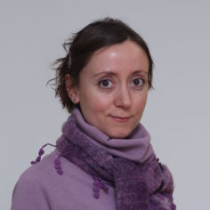 Dr. Mihaela Harper