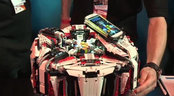 robot_lego_arma_cubo_rubik_1