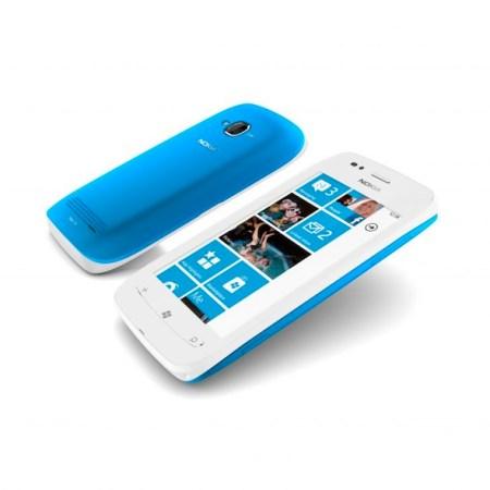 Nokia Lumia 710, el hermano menor del Lumia 800 con Windows Phone