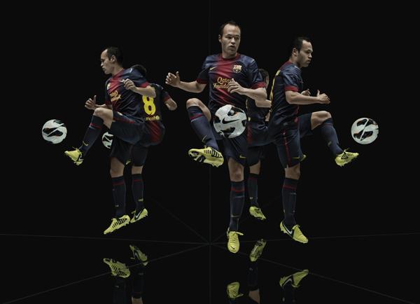 Iniesta Nike CTR360 Maestri III 2 Nike presenta los CTR360 Maestri III diseñados para los creadores del juego