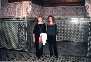 Con su hermana, en el Palacio Real de Marrakesh, el 27 de enero de 2008.