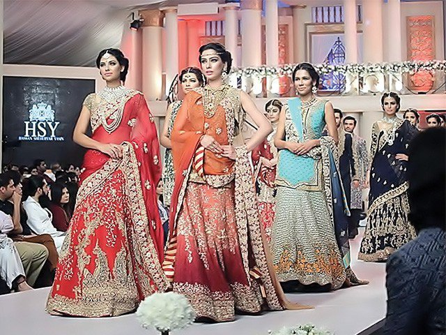 Karachi Mughal style with oriental wedding fashion dresses show
