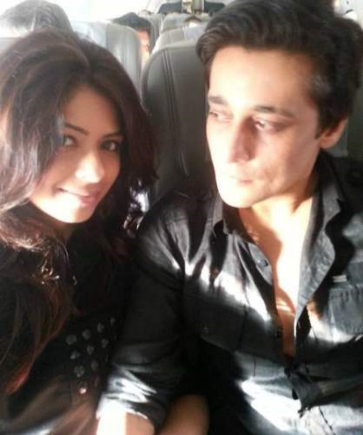 Actor Sahir Lodhi is blessed with a daughter